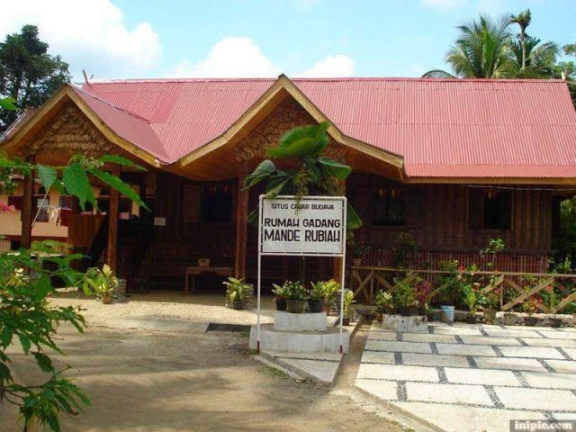 Rumah-Mande-Rubiah